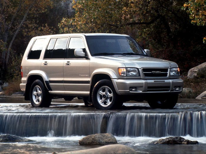 Isuzu-Trooper1