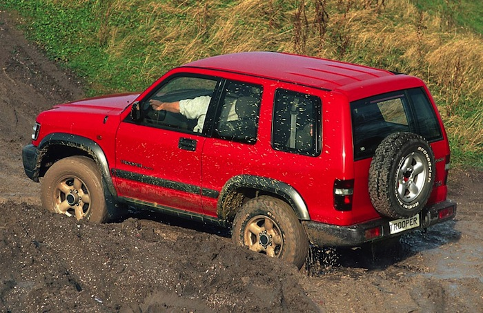 Isuzu-Trooper2