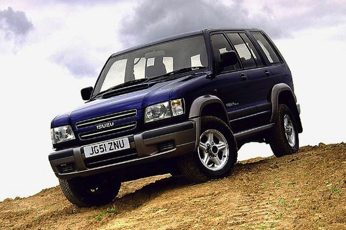 Isuzu-Trooper4
