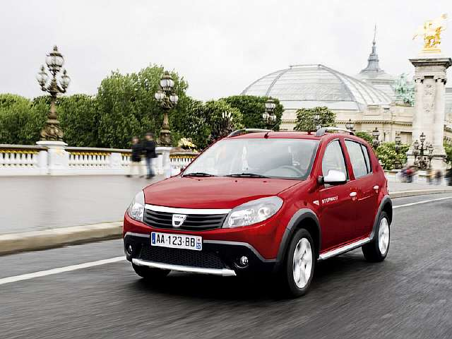 Московский автосалон 2010: 6 премьер от Renault
