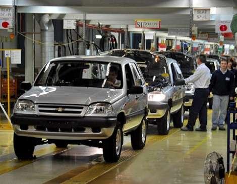 Выпуск Chevrolet Niva приостановлен на 3 дня