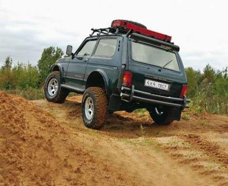 У госчиновников популярны Lada 4x4
