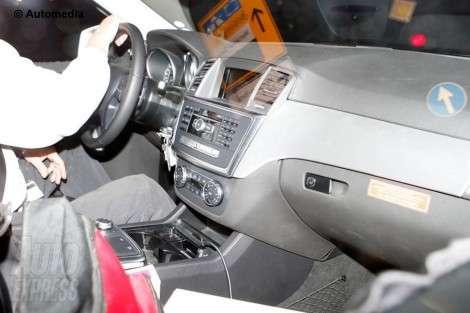 Первые фото Mercedes ML