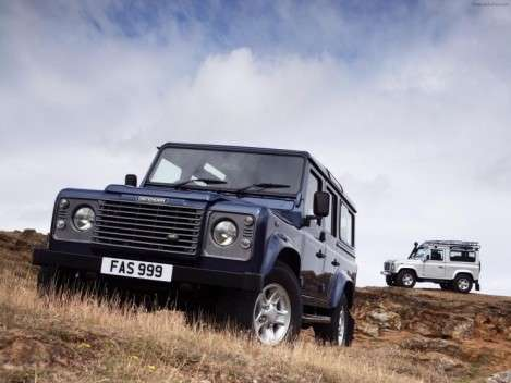 Land Rover Defender ??????? ????? 2 ????