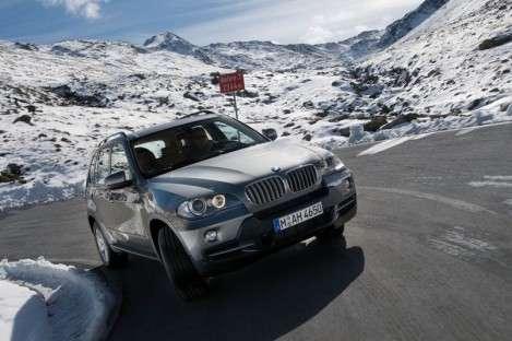 BMW отзывает внедорожники X5 для ремонта ремней безопасности