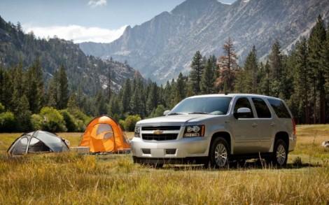 2012-Chevrolet-Tahoe-Hybrid-Front-Quarter-623x389