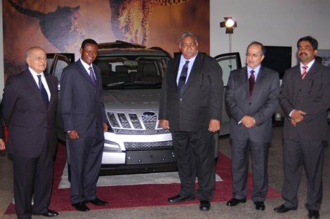 Mahindra-XUV500-SUV-international-range-launched-in-Kenya