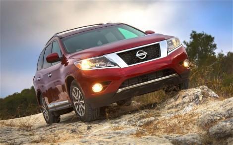 2013-Nissan-Pathfinder-front-hero-shot
