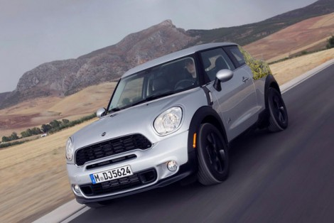 2013-mini-paceman-official-spy-photos-01-opt