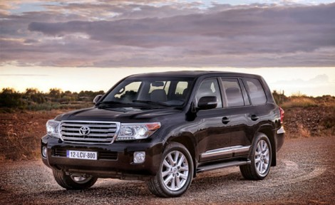 2013-toyota-land-cruiser