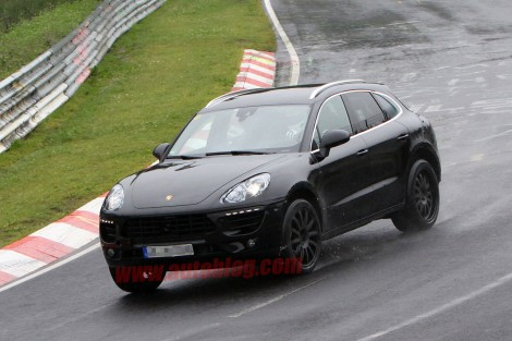 2014-porsche-macan-spy-photos002