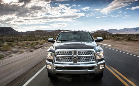 2013-Ram-Heavy-Duty-Pickup-front-end-in-motion