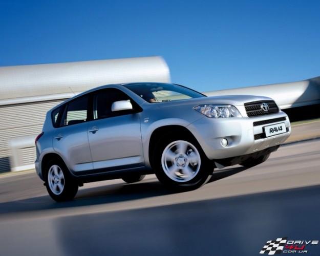 Цены Toyota RAV4 и Honda CR-V