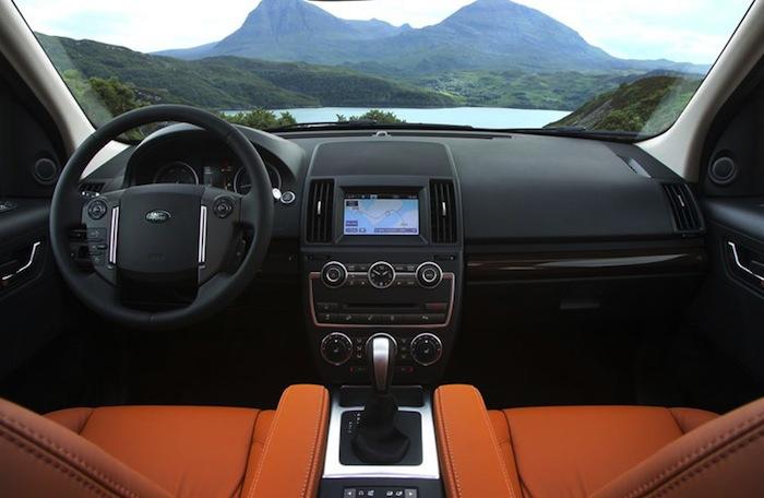 Салон Land Rover Freelander 2