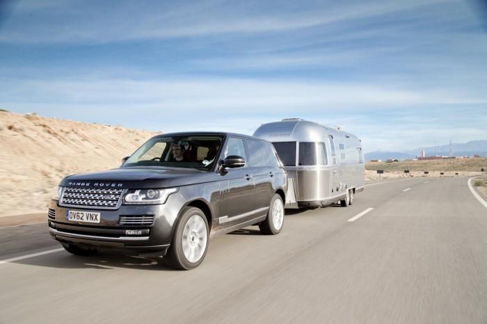 Новый Range Rover испытают пробегом