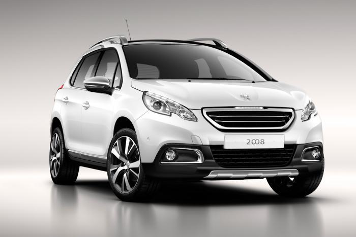Показаны фотографии обновленного Peugeot 2008