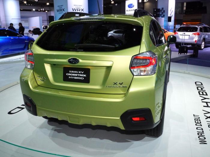 Subaru XV Crosstrek Hybrid корма