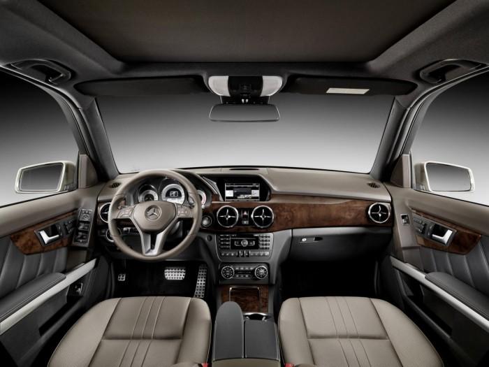 Внедорожник Mercedes GLK 250 4MATIC