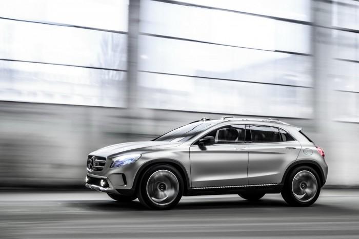 Фотографии нового Mercedes GLA