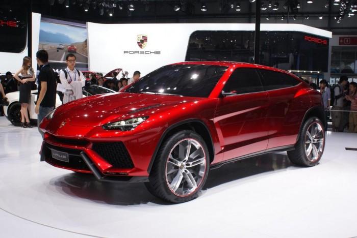 Концепт Lamborghini Urus на выставке в Пекине