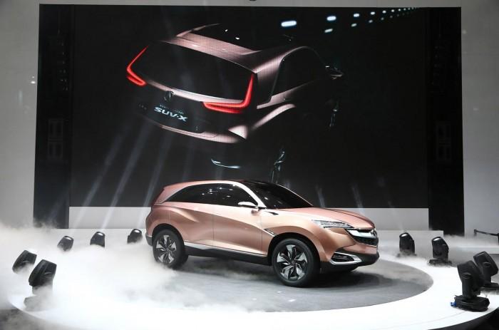 Концепт Acura SUV-X