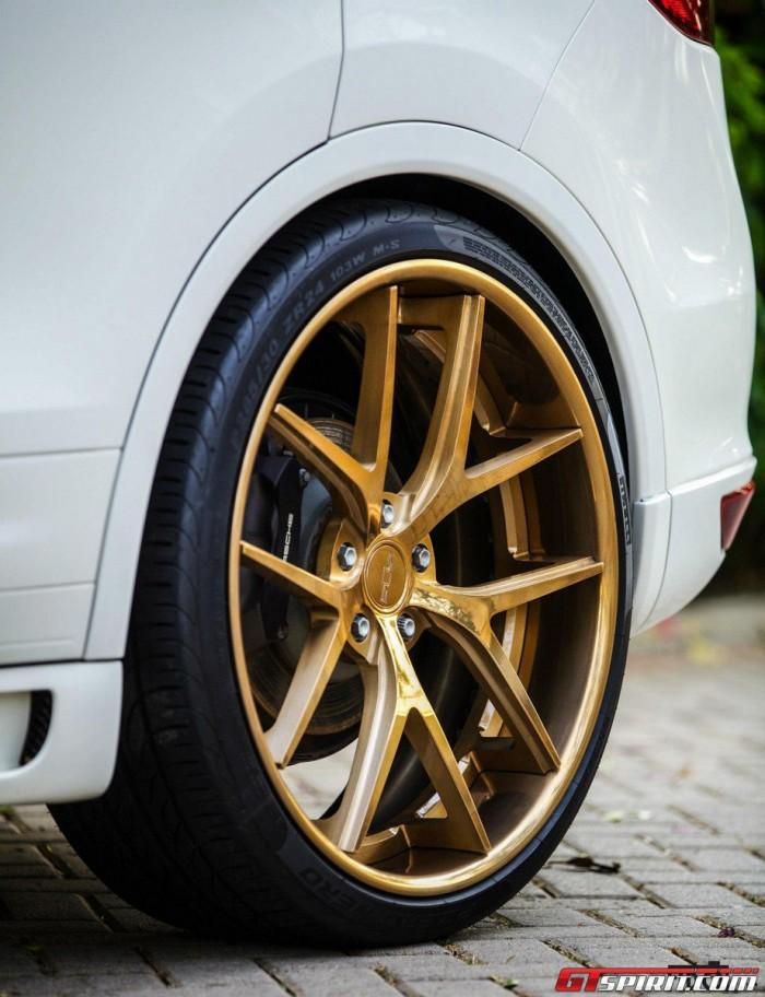 Porsche Cayenne Diesel  на золотых дисках