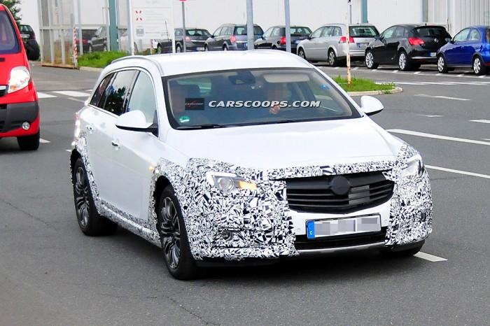 Opel Insignia спереди