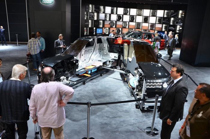 Гибридная версия Land Rover Range Rover
