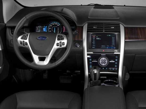Приборная панель Ford Edge