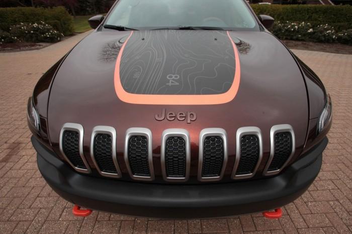 Капот Jeep Cherokee