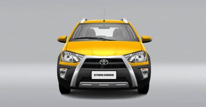 Toyota_Etios_Cross_4