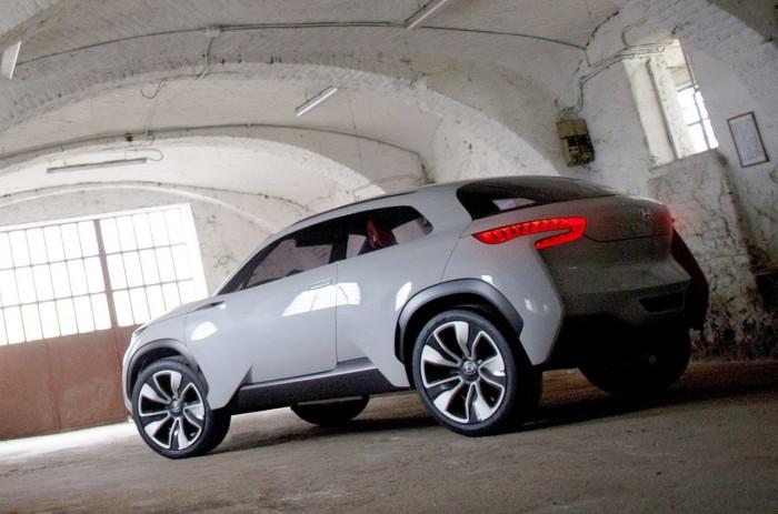 Hyundai-Intrado-2[3]