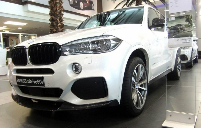 BMW X5 (F15) ? ??????? M Performance