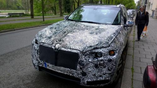 шпионские фото BMW X7