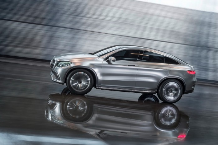 Mercedes-SUV-Coupe-25