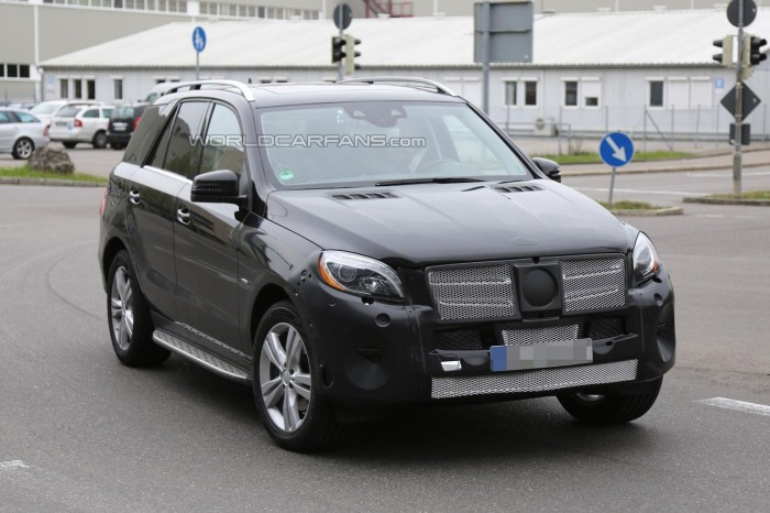 Mercedes-Benz готовит гибрид M-класса