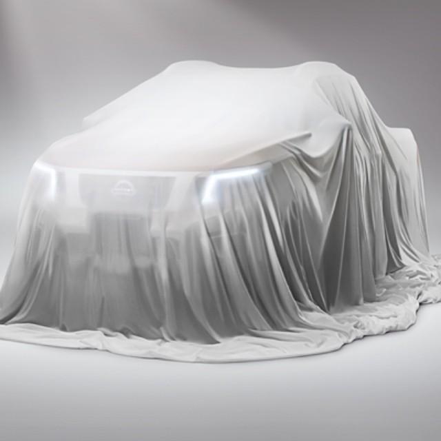 Nissan  дразнит новым автомобилем