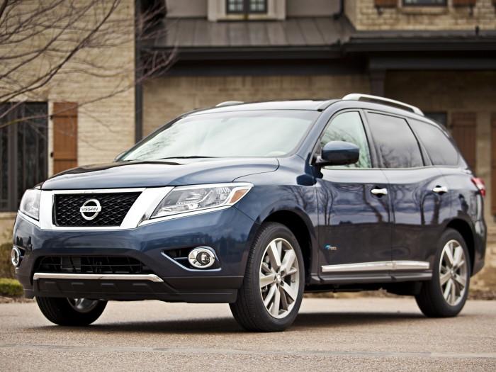 Nissan-Pathfinder-2