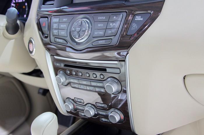 Nissan-Pathfinder-3