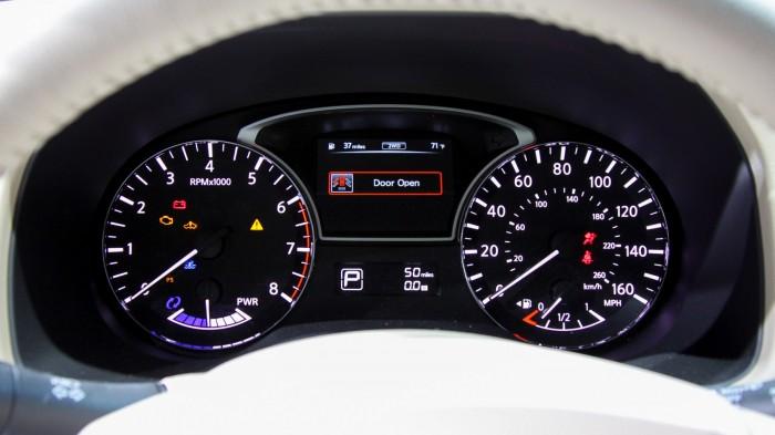 Nissan-Pathfinder-6