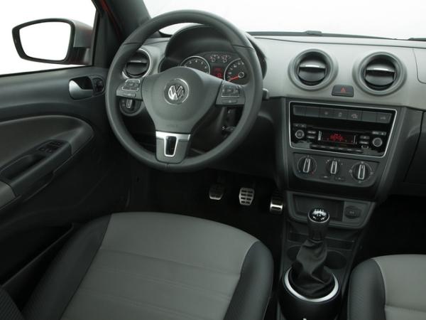 Volkswagen_Saveiro_Doble_Cabina_4_w600_h700
