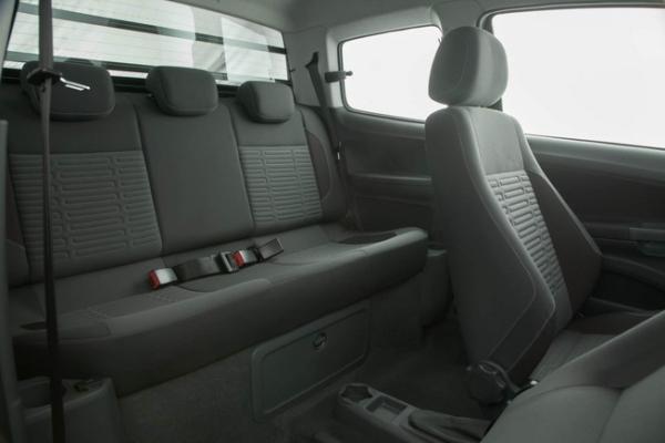 Volkswagen_Saveiro_Doble_Cabina_5_w600_h700