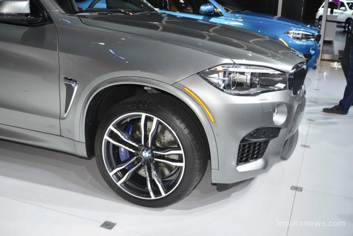 2015-BMW-X5M-04