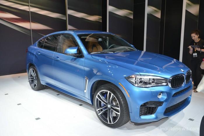 2015-BMW-X6M-03