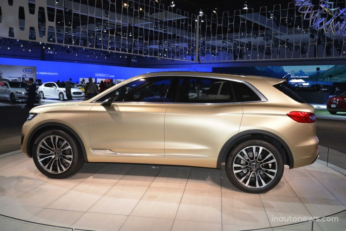 Lincoln-MKX-07