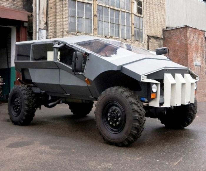 ??? Humvee