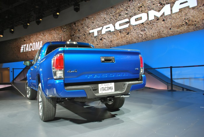 Toyota_Tacoma_Live03
