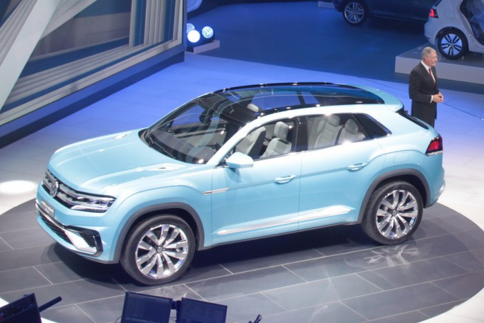 VW-Cross-Coupe-GTE-13