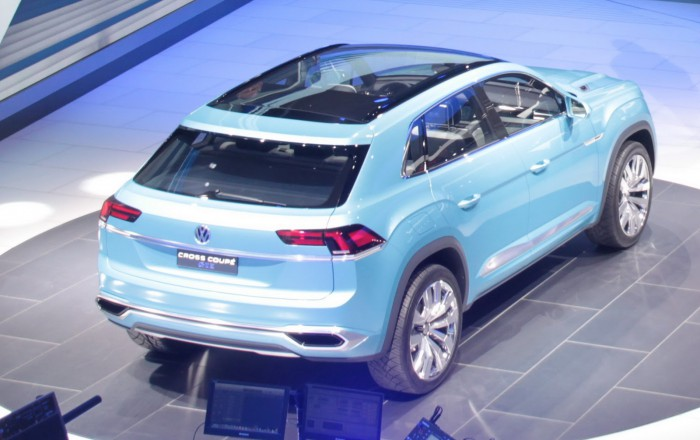 VW-Cross-Coupe-GTE-14