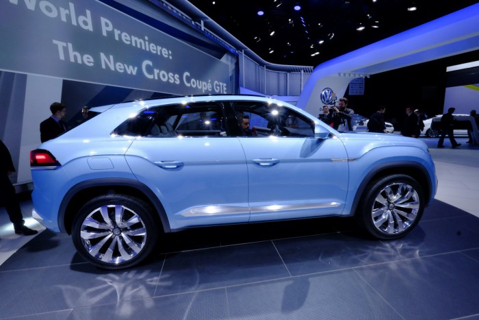 VW-Cross-Coupe-GTE-7